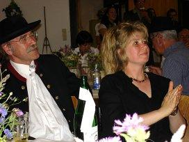 Gerhard und Angelika aufmerksam
